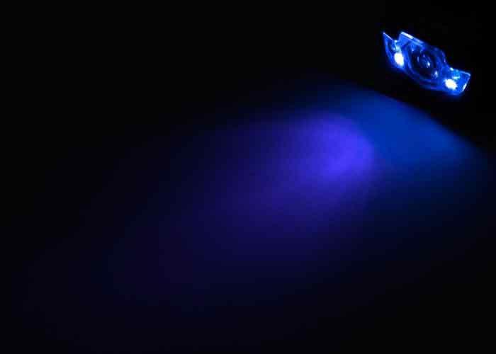 celovka-150-Lum-Strategy-UV-modre-svetlo
